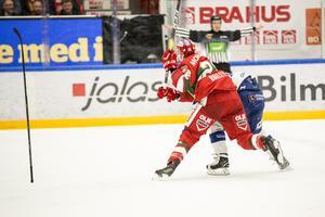 Tuffa dueller på isen.