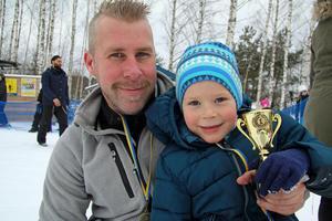 Magnus Gustafsson och Jesper Bäckman gjorde en sista minuten-anmälan i Snowracer cup och tävlade i olika klasser. Även Jespers storasystrar Alice och Daniela deltog.