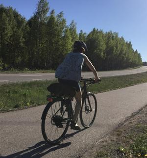 För varje krona som samhället satsar på cykling får samhället i genomsnitt igen nio, tack vare cyklingens positiva effekter på miljö och folkhälsa.
