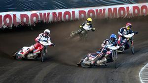 Hemmapubliken på HZ Bygg Arena fick se Andreas Jonsson (vänster) tillbaka i en GP-tävling.