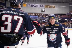 Olle Lycksell var på strålande spelhumör i Tegera Arena. Bild: Bildbyrån