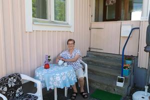 Debora Brundin, som tio år tillbaka bor i en av Solatums fastigheter i Näsåker.