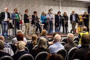 Mats Hellhoff (Sd), Jonny Lundin (C), Nina Orefjärd (V), Ingeborg Wiksten (L), Lena Asplund (M), Mattias Rösberg (SJVP), Mona Hammarstedt (kd), Brita Wessinger (MP) och Glenn Nordlund (S).