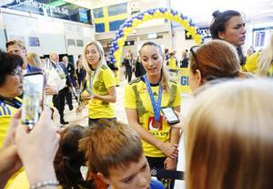 Kosovare Asllani var populär bland både fans och media.