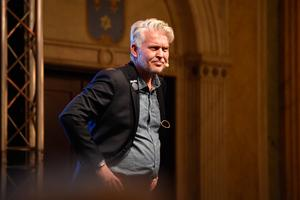 Jönköpings Södras ordförande Mats Tidstrand på torsdagskvällens medlemsmöte.
