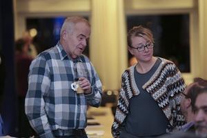 Jan Karlsson (C) ville ha garantier om Håksbergs skola, men fick inget stöd för det av bland andra Åsa Wikberg (MP), Mohammad Alkazhami (S) och Håge Persson (M).