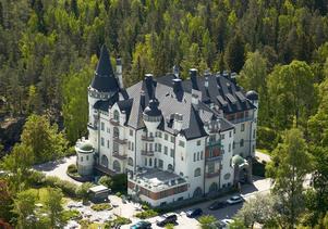 Imatra statshotell byggdes efter ritningar av arkitekten Usko Nyström och stod färdigt 1903. Bild: Wikipedia