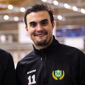 Jonas Kapla unnar sin forne lagkamrat Heens framgången i Södertälje: