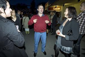 Toralf Nilsson var självklart med på boksläpparfesten. Han är en av de personer som porträtteras i Petter Karlssons bok.