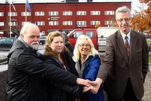 Ny majoritet i Lekberg, Fyrklöver, med Kjell Edlund(S), Margareta Carlsson(V), Ann Charlotte Kämpe Larsson(FP) och Henrik Hult(C).