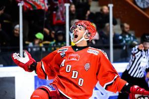 Mathias From blev en av Modos fem målskyttar mot Vita Hästen. Bild: Erik Mårtensson/Bildbyrån