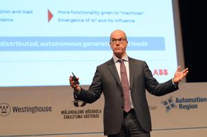 Claudio Facchin, ny vd för ABB Power Grids, in action på energikonferensen i Västerås. Foto: Elin Parment, HUB2019