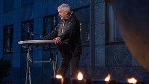 Curt Lundmark påminde västeråsarna om mordet på VIK-backen Peter Karlsson för 24 år sedan.