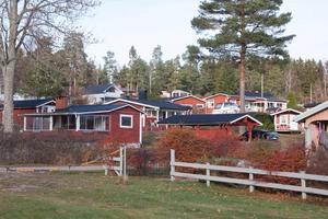En del stugägare på Stäudd kommer inte att kunna bo kvar om Köpings VA-anslutning drivs igenom.