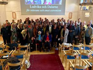 Lärare, rektorer, föreningsledare, politiker, myndighetschefer och näringslivsföreträdare samlade runt Hédi Fried och Livia Fränkel i Ludvika i fredags.