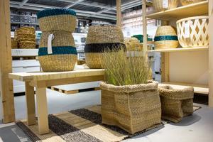 Nya sortimentet med korgar heter Tjillevips, och är av naturmaterial som bambu och sjögräs.