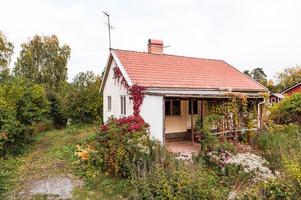 50-tals villa i Hälsinggården med en tomt om ca 1 000 kvm. Foto: Kristofer Skog/Husfoto