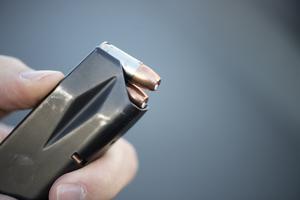 Att inneha ett magasin för ammunition till en pistol kan kräva tillstånd i framtiden.