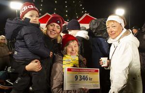 Anna-Lisa Johansson tog med sig dottern Gunilla, barnbarnet Emma och barnbarnsbarnet Leon till torget.