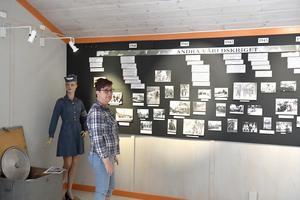 Ulla Back i Särna Hembygdsförening är med och driver Lomkällan med alla dess utställningar.