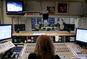 Särskilt radions sportreferenter är svåra att lyssna på. Foto Bertil Ericson