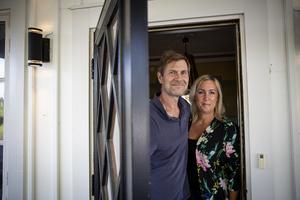 Peter och Michaela Wahlgren älskar att ha gäster. De bjuder ofta på middagar och fester.