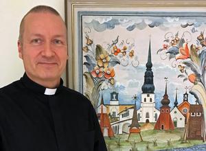 Rolf Heikkinen är ny finskspråkig präst i Borlänge.  Foto: Sara Kokkarinen