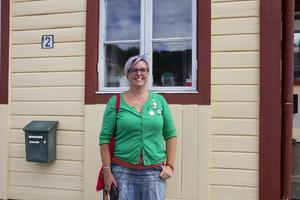 Linda Torngärde från Rädda Barnen går sin första prideparad i år.