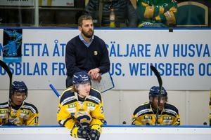 Ulf Lundberg såg sitt SSK förlora tredje raka matchen på fredagskvällen. Foto: Bildbyrån.