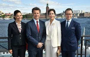 Kronprinsessan Victoria, kronprins Frederik, kronprinsessan Mary och prins Daniel vid seminariet Liveable Scandinavia på Münchenbryggeriet i Stockholm 2017.Foto: Claudio Bresciani/TT
