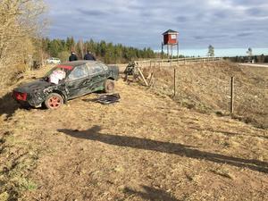 Polisen inledde en kort stund efter olyckan en utredning om varför bilen åkte av banan och in bland publiken.