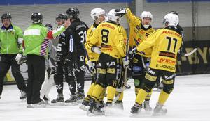 Broberg öppnade matchen bäst och tog rättvist ledningen med 3–1 innan Sandviken kom tillbaka och kvitterade både en och två gånger.