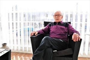 Eero var 39 år när han genomgick sin njurtansplantation den 1 februari 1975. Drygt 44 år senare  fungerar njuren fortfarande som ett schweizerur.