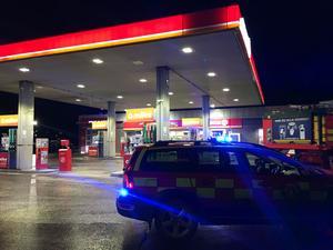 Foto: Kenneth Hudd   Under fredagsmorgonen ryckte räddningstjänsten ut på ett brandlarm på bensinstationen Circle K på Berglslagsvägen.