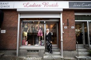 Ladies Butik erbjuder underkläder, klänningar, tröjor och allt däremellan.