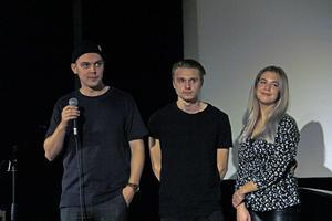 Filmstudenterna Jonathan Löwstedt, Alexander Ahlkvist och Ella Bruggeman har gjort dokumentärfilmen om The Who-konserten i Kungsör.