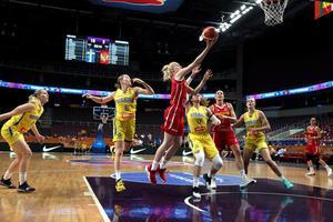 Action från torsdagens match mot Montenegro. Arkivbild: Edijs Palens/TT