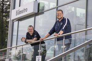 Anders Söderlund och Kristoffer Danell  ger tips och råd inför sommarens bilsemester.