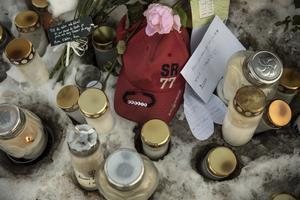 Chock och sorg i Borlänge, utan enkla politiska åtgärder.
