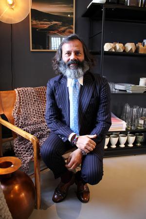 Miro jobbar med de saker som enligt honom gör livet ljuvt – mat, vin, kläder och inredning.