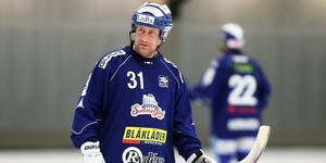 Villas tränare Johan Sixtensson visste att det troligen skulle bli två matchers avstängning för Felix Pherson.