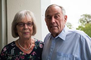 Yvonne Nordlander och Peter Lundberg beskriver sig som lyckligt kära idag. Han har kvar sitt hus i Ellesmere Port men spenderar mycket tid i Yvonnes lägenhet i Södertälje.