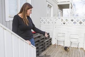 Familjens tre cyklar stod låste på altanen och stals under natten.