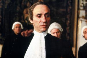 F. Murray Abraham spelar Antonio Salieri i filmen