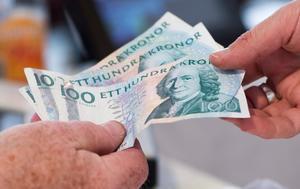 Enligt åtalet ska mannen ha försökt utpressa en annan man till att ge honom 300 kronor. Foto: Fredrik Sandberg / TT