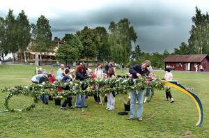 Midsommarfirande på Djäkneberget i Västerås 2004.  Foto: Alf Pergeman/VLT:s arkiv