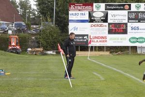 Ödesmatch väntar Valbo FF och tränaren Henrik Isaksson, i kvalreturen mot Österåker.