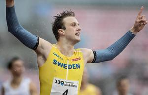 Erik Martinsson bräckte Ove Bergs gamla rekord på 800 meter. FOTO: TT