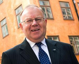Det kortvariga oppositionsrådet i landstinget, Rolf Gunnarsson (M), ville stänga Dalateatern.