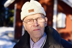 Tore Löfgren berättar om problemet med vattnet i Klitten.